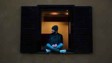 """Photo of """"SCOMPARIRÒ"""", il nuovo singolo di Ugo Crepa"""